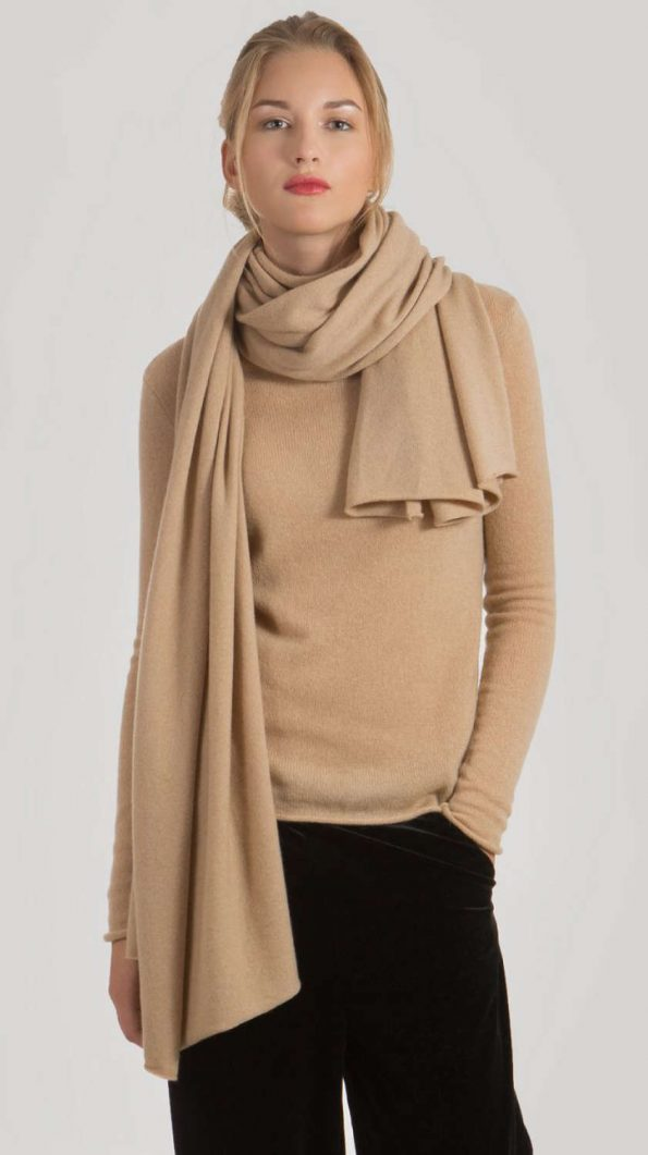 Camel cashmere scarf ALEX | Cashmere sweaters and cardigans by Krista Elsta Knitwear