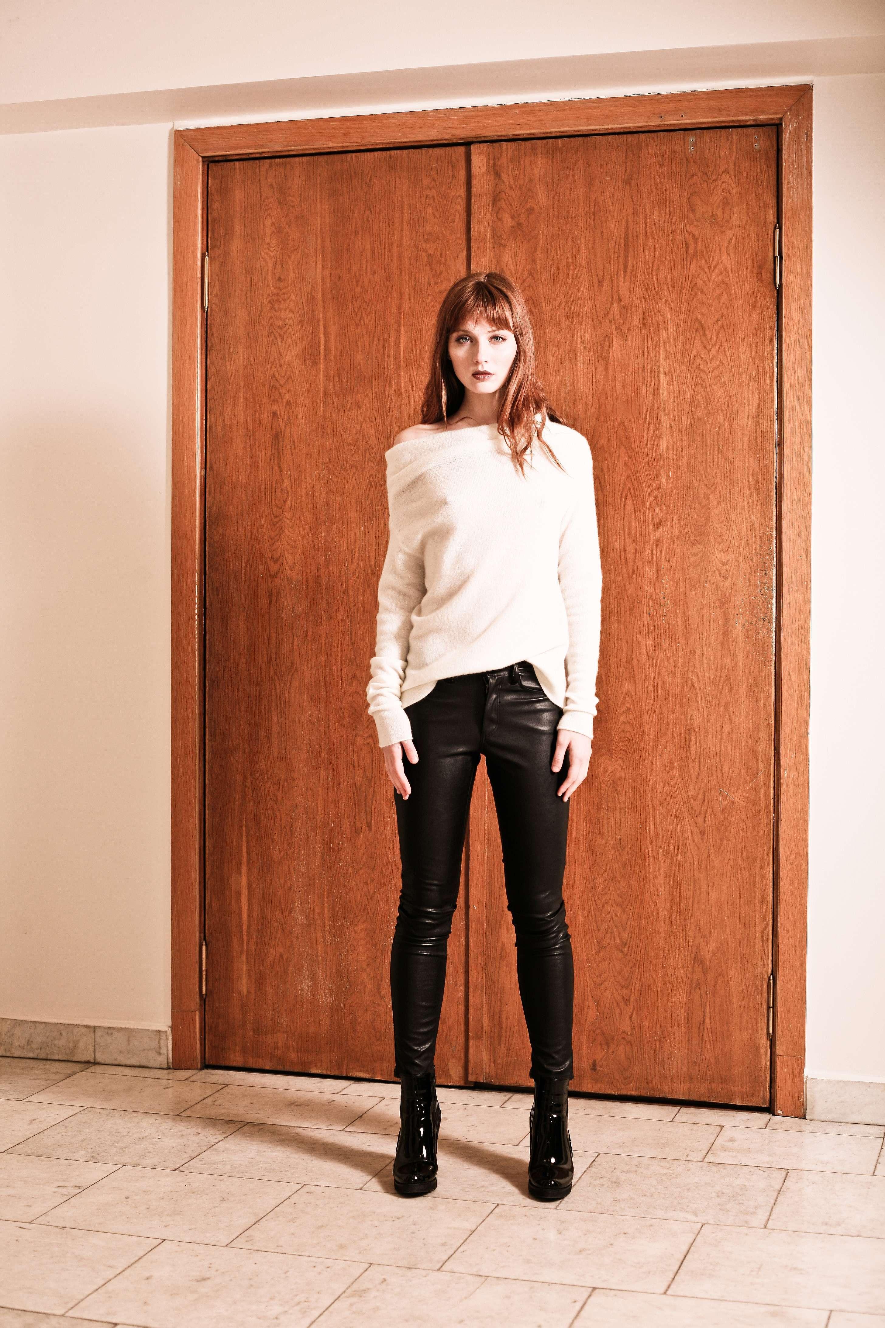 off white cashmere off shoulder sweater agnes white krista elsta. Black Bedroom Furniture Sets. Home Design Ideas