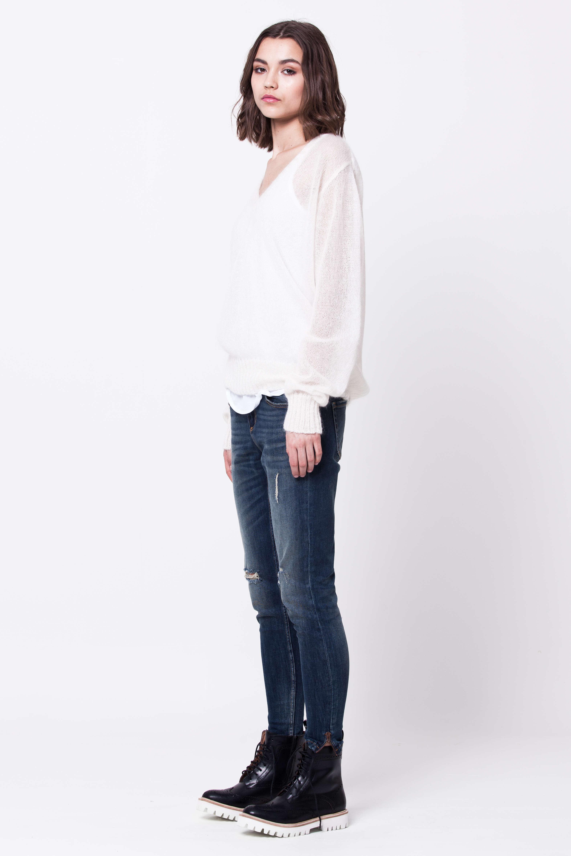 White v-neck mohair sweater damen pullover LINN
