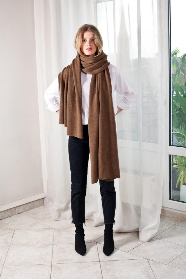 100% cashmere brown scarf travel wrap